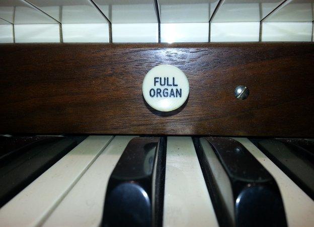 Full organ button