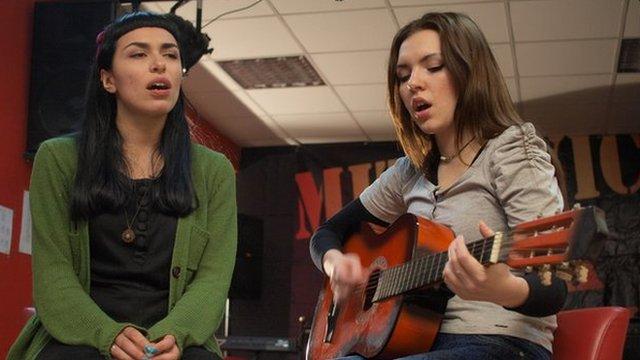 Edona Ibishi and Jelena Zafirovic,