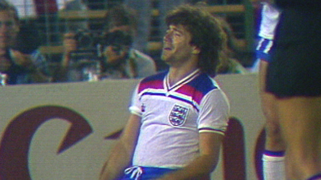Kevin Keegan misses a sitter for England against Spain