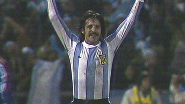 Leopoldo Luque celebrates after scoring for Argentina against Peru
