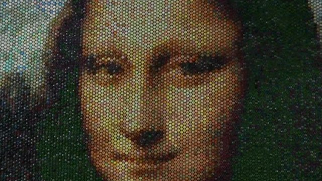 A reproduction of the Mona Lisa made from bubble wrap