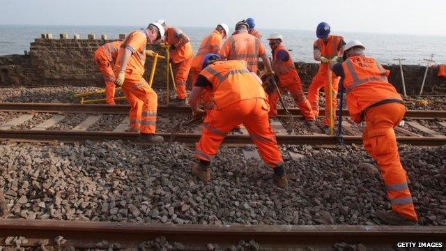 Workers repair train line - 12/03/2014