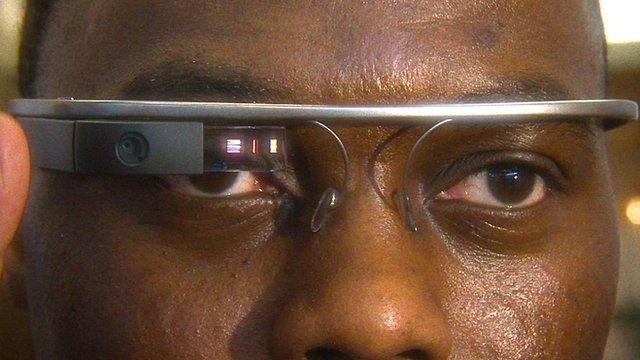 A Virgin Atlantic employee using Google Glass