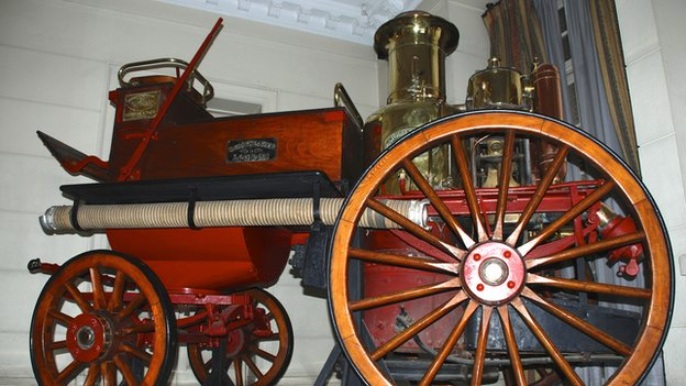 Old fire engine at the HQ of the firefighters' association in Santiago