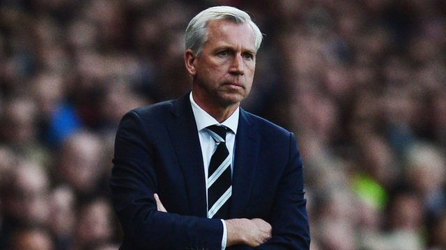 """Newcastle manager Alan Pardew admits """"pressure builds"""" after a run of bad results"""