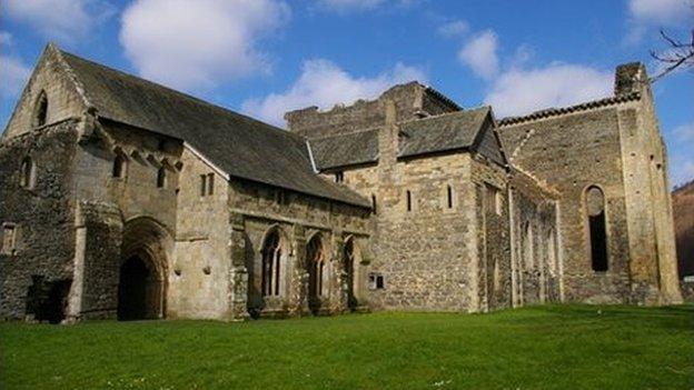 Abaty Glyn y Groes