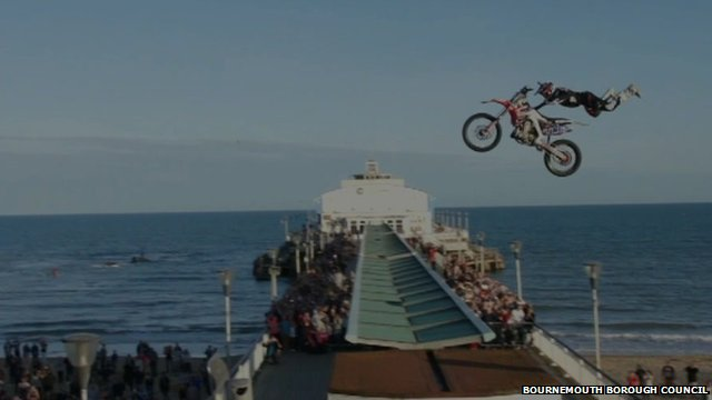 Dan Whitby jumping Bournemouth Pier