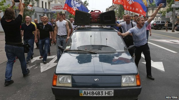 """Miners from the Donetsk region demonstration in support of the self-proclaimed """"Donetsk People's Republic"""", 28 May"""