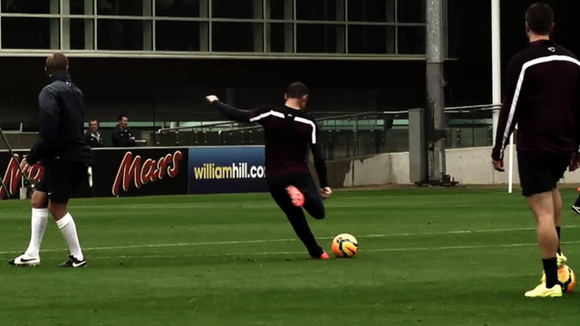 Wayne Rooney and co have their shooting boots on in training