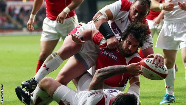 Scott Baldwin goes over for Wales Probables