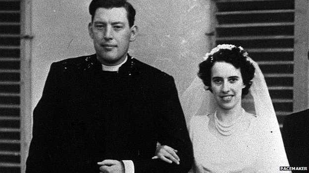 Ian and Eileen Paisley, pictured on their wedding day