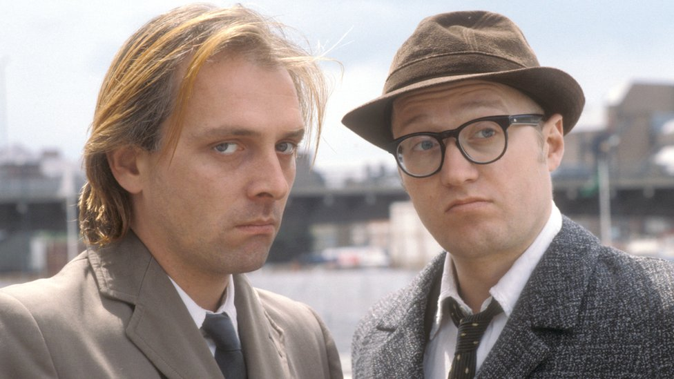 Rik Mayall as Richie and Adrian Edmondson as Eddie in Bottom (1991)