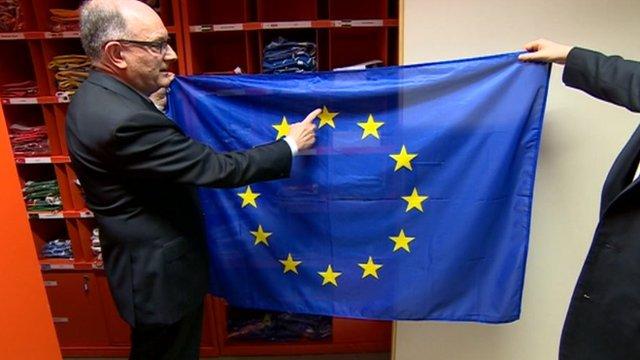 How to hang the EU flag