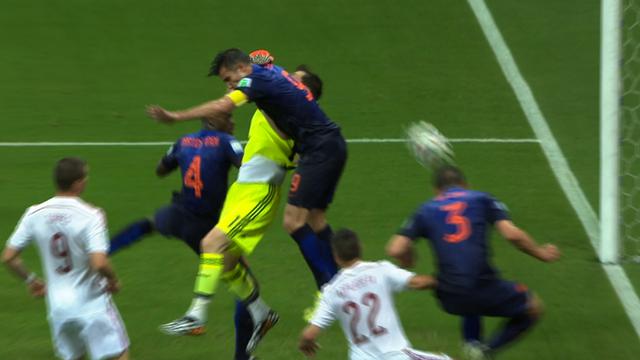 World Cup 2014: De Vrij heads home third Dutch goal