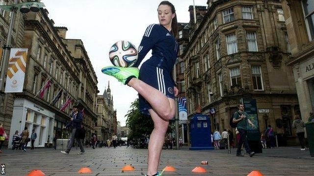 Freestyle star Indi Cowie in Glasgow's Buchanan Street