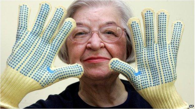 Stephanie Kwolek wears regular house gloves made with the Kevlar she invented in Brandywine Hundred, Delaware, 20 June 2007