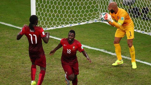 Erik Varela pounces late for Portugal to equalise 2-2