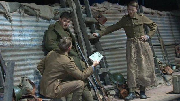 Golygfa o'r ddrama Mametz gan National Theatre Wales