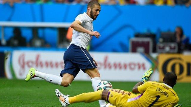 Karim Benzema denied by goal-line clearance