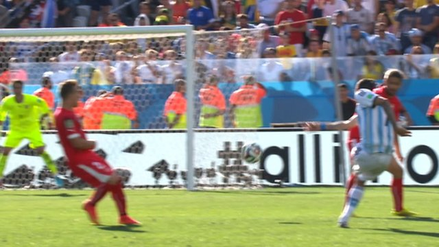 Angle Di Maria goes close to bagging an extra-time winner for Argentina