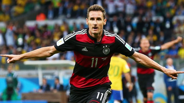Germany's Miroslav Klose sets World Cup goals record