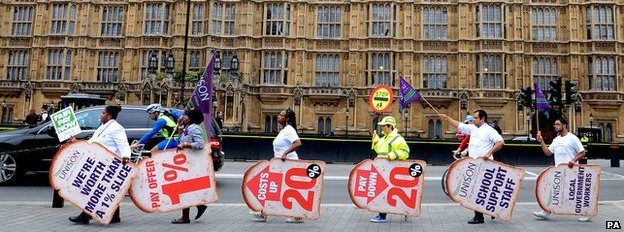 Unison workers demonstrate outside parliament