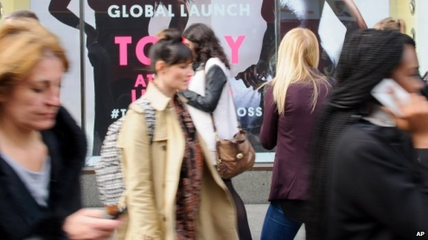 Shoppers outside Topshop, Oxford Street