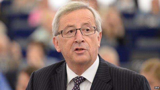 Jean-Claude Juncker aig a' Phàrlamaid Eòrpach