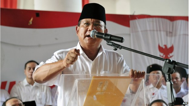 Indonesian presidential candidate Prabowo Subianto delivers his statement prior to the election count announcement in Jakarta on 22 July 2014