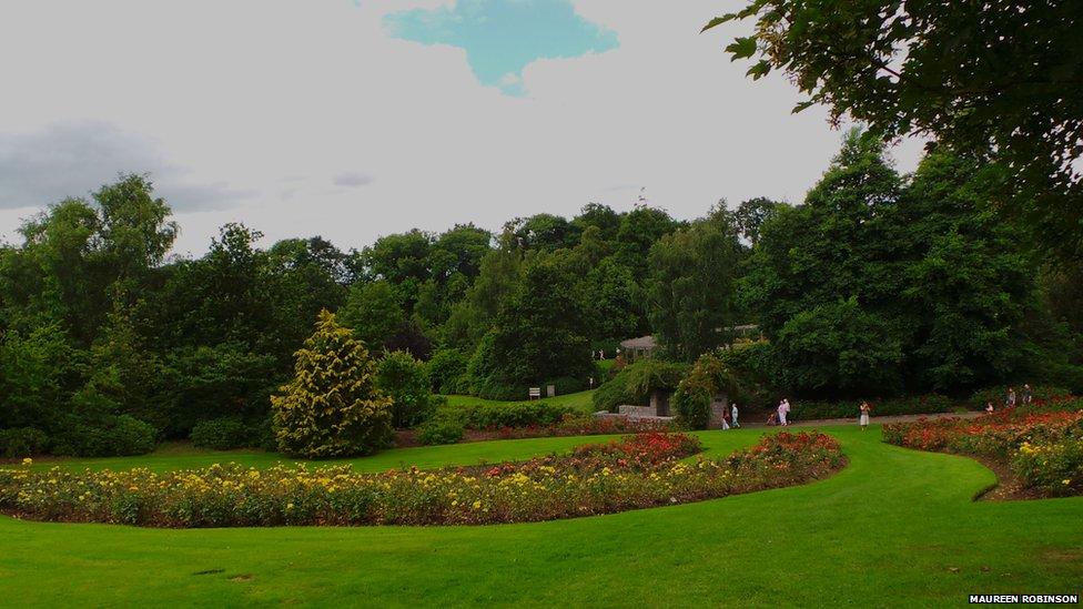 Rose Week at Sir Thomas and Lady Dixon Park