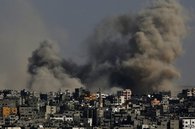 Smoke over the Gaza Strip after Israeli air strikes, 25 July
