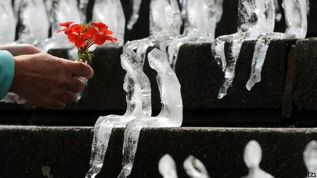 Ice figures and a flower