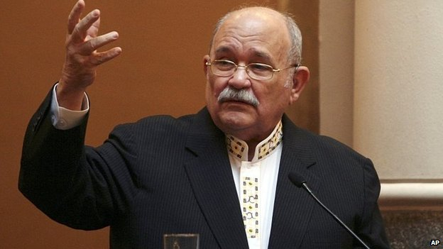 File photo of Father Miguel D'Escoto from 29 August 2009