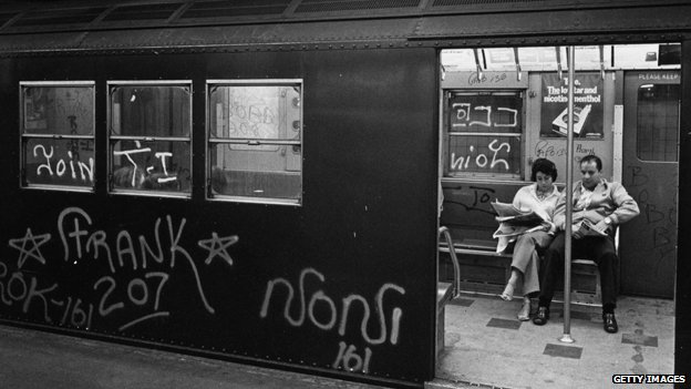 A couple in a New York subway carriage in 1972