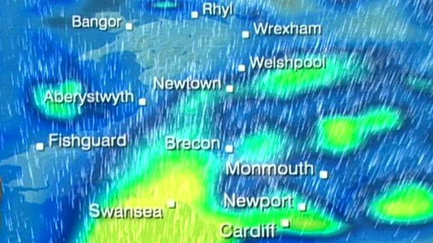 Map yn dangos y glaw bosib dros Gymru