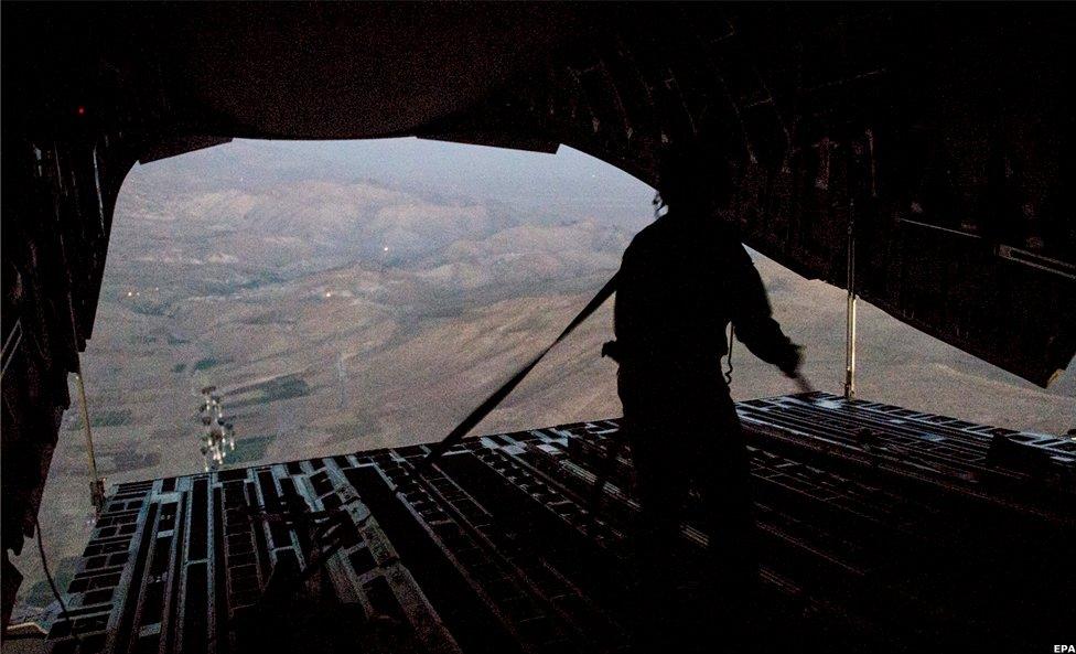 US military aid drop over Mount Sinjar