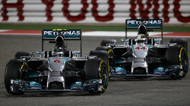 Nico Rosberg and Lewis Hamilton battle in Bahrain