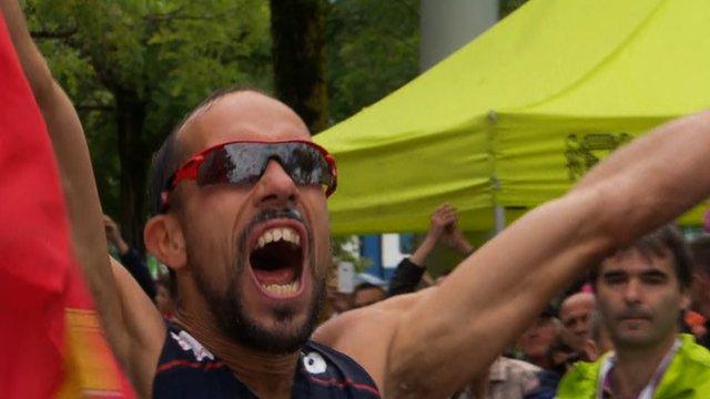 France's Yohan Diniz celebrates world record