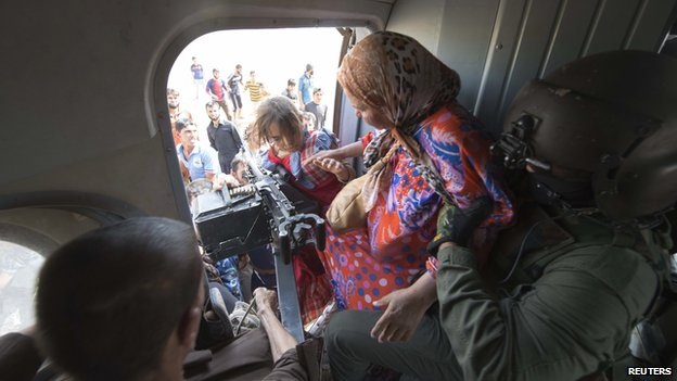 Women and children evacuated by Iraqi forces from Amerli 29 August 2014