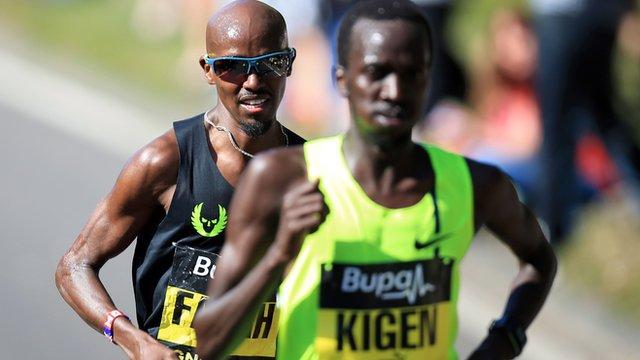 Mo Farah wins the Great North Run