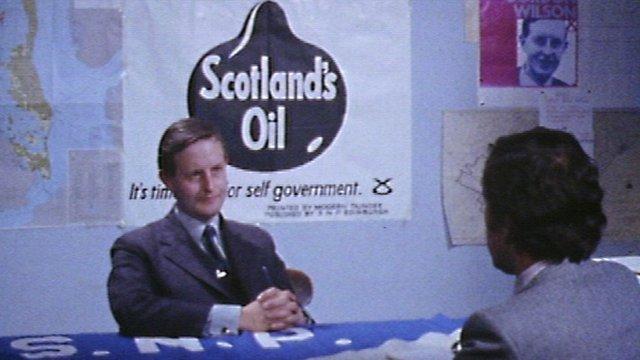 Gordon Wilson being interviewed by Denis Tuohy