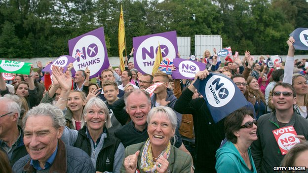 """""""No"""" campaigners hold placards"""