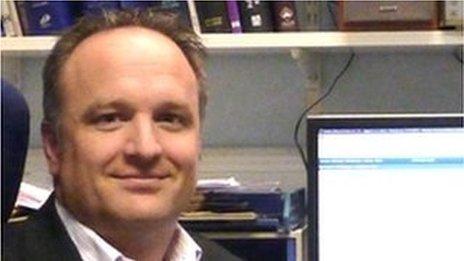 Dr Jason Shannon