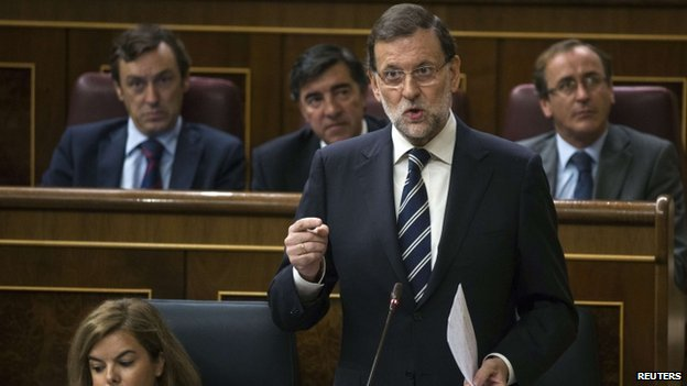 Spanish Prime Minister Mariano Rajoy gestures during the weekly government control session at Parliament in Madrid, on 10 September 2014.