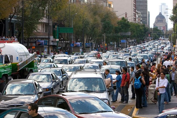 Cross-town traffic in Mexico City