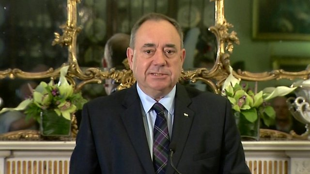 Alex Salmond announces he is to step down as First Minister