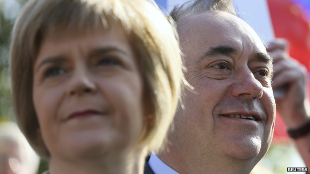 Nicola Sturgeon agus Ailig Salmond