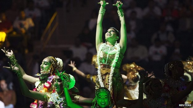 Dancers in Madison Square Gardens. 28 Sept 2014