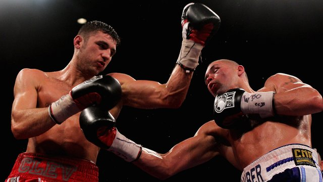 Nathan Cleverly and Tony Bellew in their 2011 WBO light heavyweight title fight