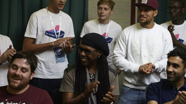 Nile Rodgers, Rudimental and young volunteers